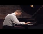 "Promenade. Ρεσιτάλ Πιάνου του Άρη Γραικούση στο Διεθνές Καλλιτεχνικό Κέντρο & Ωδείο ""Athenaeum"" στις 17 Οκτωβρίου 2014."